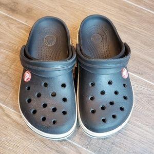 2ef989c61a BLACK CROCS CROSS BAND CLOGS Kid Size 12 c 13